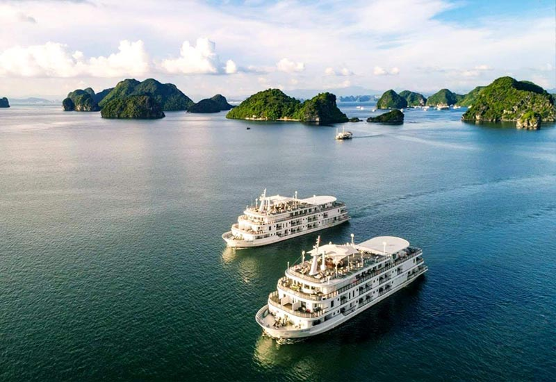 Booking Cruise on Halong Bay