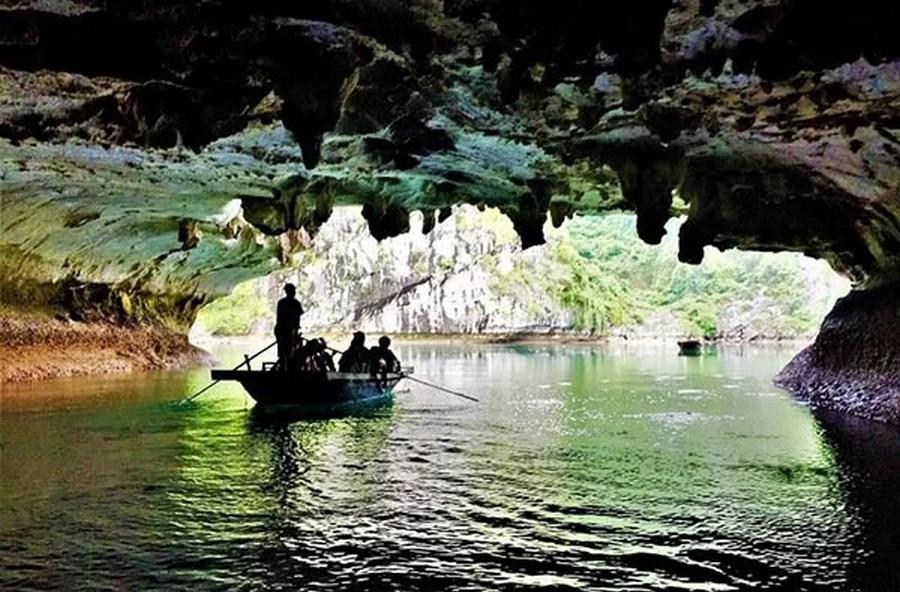 Dark & Bright Cave